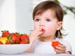 Copilului tau nu ii plac fructele? Urmeaza aceste sfaturi