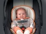 De ce contin scaunele de masina pentru copii chimicale periculoase?
