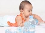 Cand trebuie hidratat bebelusul cu apa?