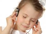 Muzica ne stimuleaza creierul. Afla de ce