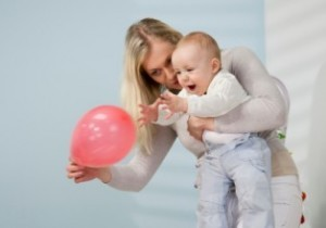 Jocuri bebe 6-8 luni