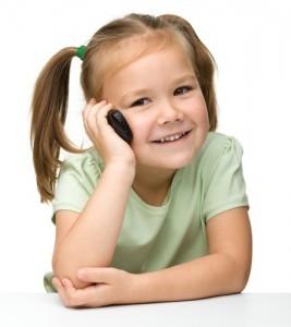 Telefonul mobil la copii - riscuri